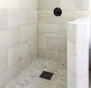 Modern-marble-tile-walk-in-shower
