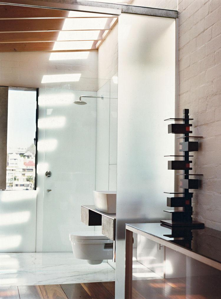 Top 10 modern and minimalist ideas for your bathroom qm for Dwell bathroom designs