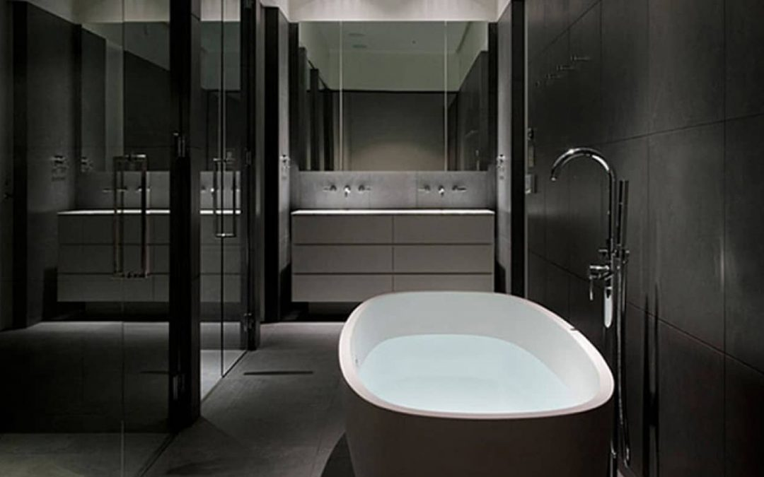 5 Tips to Master The Black Bathroom Trend